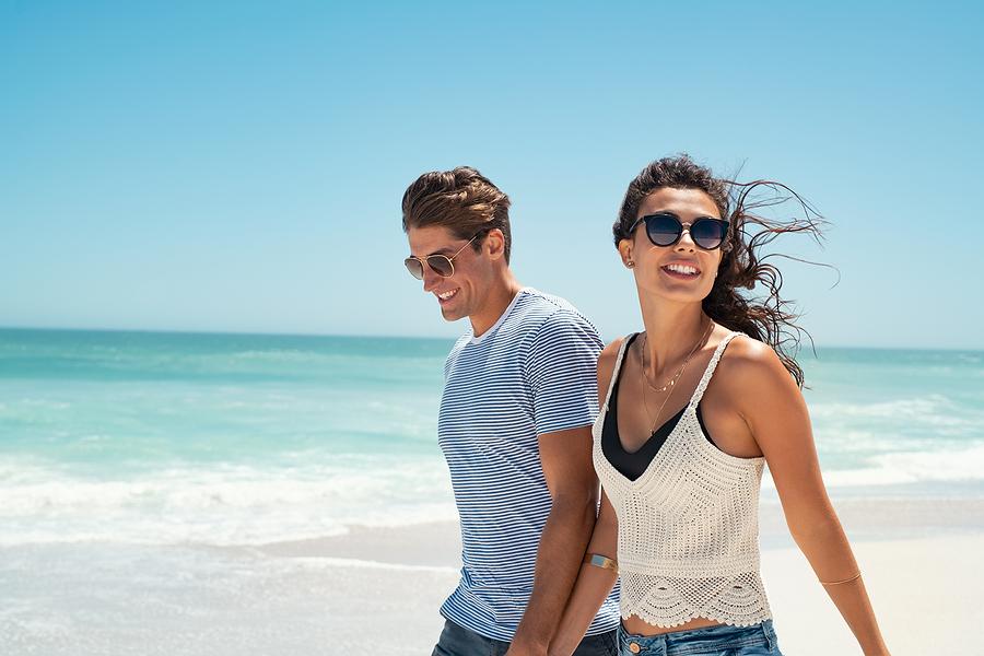 Amore come percezione inebriante come percezione di appartenersi per sempre nella felicità di coppia.