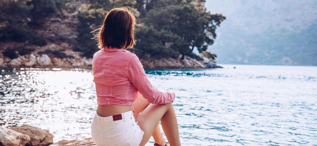 Solitudine emotiva, come gestirla per un benessere psicologico e per le relazioni affettive e sociali.