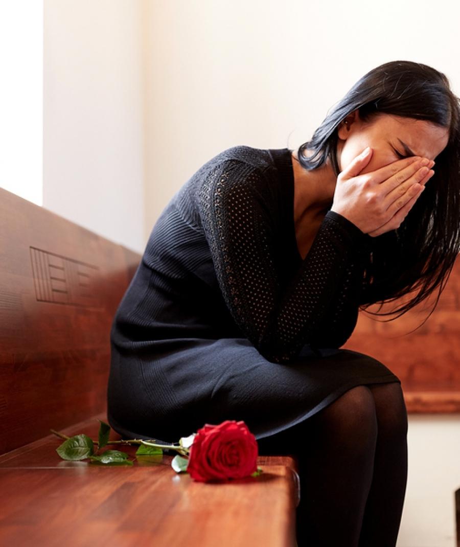 Elaborazione del lutto. Processing of mourning.